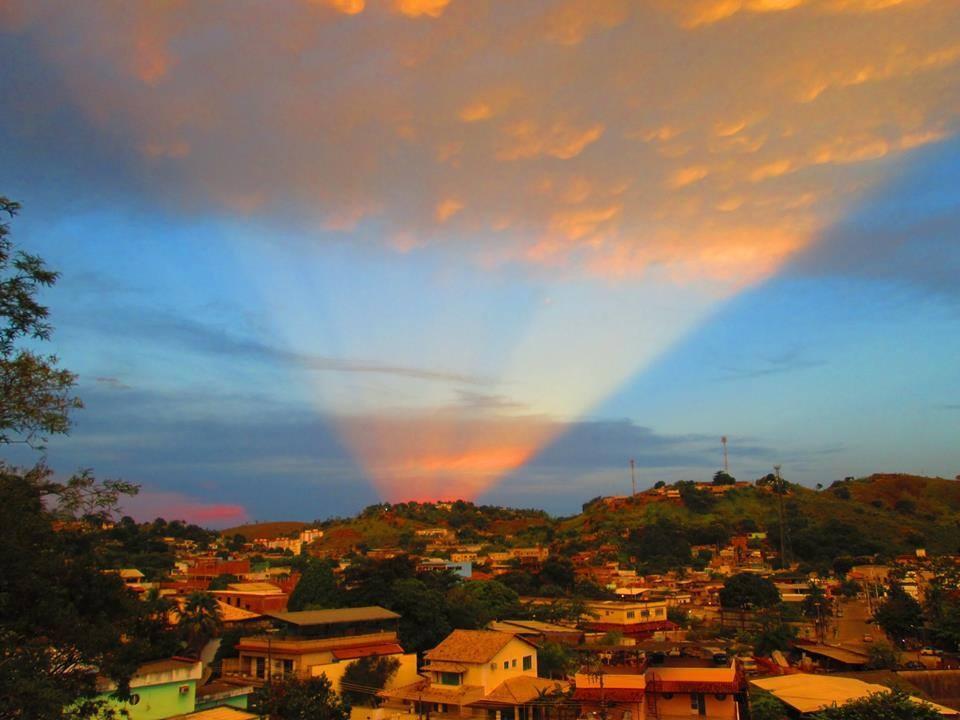Final de tarde de domingo, na Vila Isabel, foto de Rafaela Oliveira
